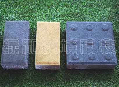 孔隙透水砖